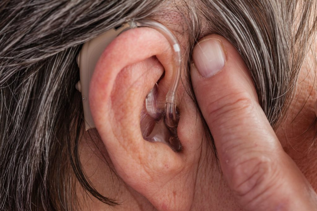How to Clean Hearing Aids
